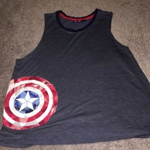 Woman's captain America shirt. Size M.